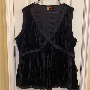 7 For All Mankind • Sleeveless Black Blouse (3x)